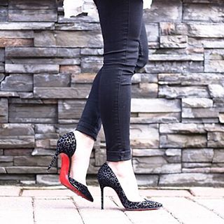 Girls night out shoes louboutin heels shoelover